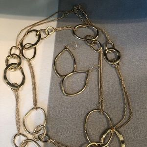 Chloe + Isabel gold loop earrings and necklace set
